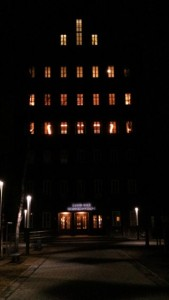 Haus der Wissenschaft bei Nacht, CC BY 3.0 Oliver Ochs